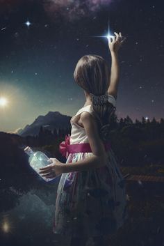This girls grandmother wanted a more creative shot of her granddaughter, she was tired of the same old family photos. Fantasy Magic, Fantasy Art, Art Photography, Street Photography, Night Photography, Old Family Photos, Moon Art, Surreal Art, Stars And Moon