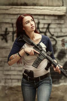 free online Fighter Girl Gun for women services australia Badass Women, Sexy Women, Military Women, Military Army, Outdoor Girls, Female Soldier, Warrior Girl, N Girls, Cosplay