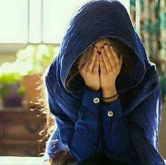 Different Types of Hijabi Girl Photography Ideas - Diruang Tengah Beautiful Girl Photo, Cute Girl Photo, Girl Photo Poses, Beautiful Girl Image, Stylish Girls Photos, Stylish Girl Pic, Cool Girl Pictures, Girl Photos, Sad Girl Photography