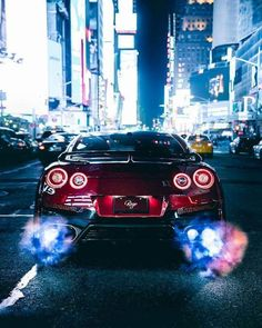 GTR Godzilla - Cars and motor Nissan Gtr Nismo, Nissan Skyline Gtr, Fast Sports Cars, Fast Cars, Sport Cars, Bugatti Veyron, Tmax Yamaha, Carros Bmw, Muscle Cars