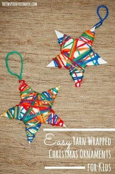 Wat een gezellige en kleurrijke sterren! Knip een ster uit stevig papier of karton en knoop wat verschillende kleuren wol aan elkaar. Maak het garen vast en laat de kinderen dan de draad rond te ster wikkelen. Leuk voor in de kerstboom of op een cadeautje. van: www.theinspiredtreehouse.com