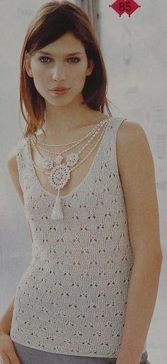 Collier necklace - crochet - of Magia Do Crochet, Crochet Yarn, Crochet Stitches, Crochet Top, Crochet Patterns, Crochet Ideas, Crochet World, Textile Jewelry, Crochet Accessories