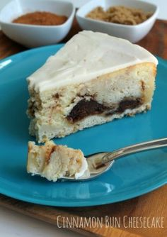 Cinnamon Bun Cheesecake | A Sweet Baker
