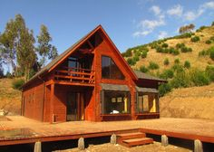 :: CASUR :: - Casas Prefabricadas Modelo Coliumo 3000 Modern Architecture House, Architecture Design, Mountain Ranch House Plans, Casas Country, Cottage Style Homes, House In The Woods, Home Projects, Tiny House, Sweet Home