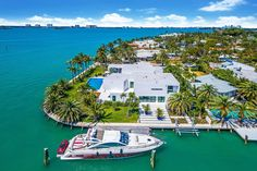 This newly built modern waterfront home is located at 1070 S Shore Drive in Miami Beach, Florida and is situated on half an acre of land. Luxury Homes Dream Houses, Luxury Life, Dream Homes, Millionaire Homes, Millionaire Lifestyle, Modern Miami, Beautiful Homes, Beautiful Places, Miami Houses