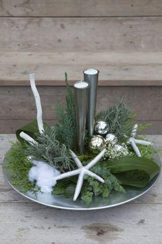 kerstkrans boven tafel google zoeken kerst pinterest no l. Black Bedroom Furniture Sets. Home Design Ideas