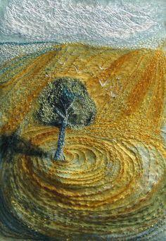 Michala Gyevai's textile art http://www.goldenfingers.info/michala-gyetvais-textile-art/