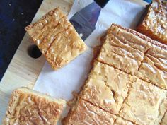 The best White Chocolate Blondies; soft, fudgy, and ridiculously white-chocolatey blondies with a gorgeous flaky top and melting white chocolate chips!