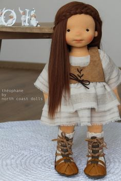 Théophane by North Coast Dolls. These dolls are so well done! Mais