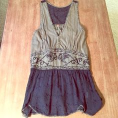 SALE*Free People Sequin Tunic NWOT Free People Tunic with embroidered embellishments and sequins. Would look great as a cover up or with leggings! Never worn. Size XS. 100% Cotton and Rayon. Free People Tops Tunics