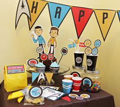 @lisag81 Star Trek party printables on Etsy, please say that Neil will have a birthday party like this at some point?