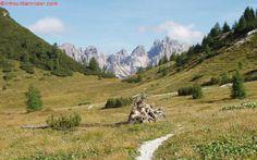 Il Campanile di Val Montanaia nei pressi di Forcella Savalons http://www.ilmountainrider.com/itinerari/giro-del-monte-pramaggiore-nelle-dolomiti-friulane/