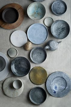 Noma auction: furniture from the star restaurant - Ceramic dishes from Aage and Kasper Würtz. (Photo: Ditte Isager / Courtesy of Wright) - Ceramic Tableware, Ceramic Pottery, Ceramic Art, Slab Pottery, Kitchenware, Ceramic Bowls, Assiette Design, Noma Restaurant, Restaurant Plates