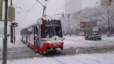 Heavy snowfall in #Bratislava, recorded just moments ago from outside the #Slovak Radio building.