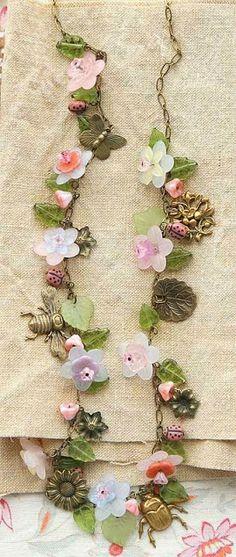 Vintage Flower necklace