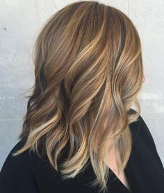 Brown Shoulder Length Hair With Blonde Highlights |Hair Inspo. Hair Ideas. Hair Color. Hair Color Ideas. Brunette. Highlights. Lowlights. Bronde
