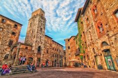 San Gimignano is a small walled medieval hill town in the province of Siena, Tuscany, north-central Italy.