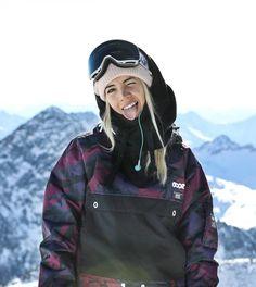 Winter in the Adirondacks – Enjoy the Great Outdoors! Snowboards, Snowboarding Outfit, Snowboarding Women, Insta Bio, Ski Vacation, Ski Fashion, Daily Fashion, Winter Hiking, Ski And Snowboard