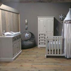 Timberwoods babykamer Sweet Island, hand gemaakt van massief grenen!  Nu inclusief kast, commode en ledikant extra scherp geprijsd voor 1299,00!