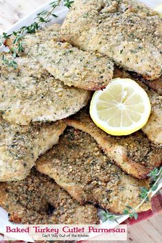 This lovely main dish uses sliced turkey cutlets breaded with Italian bread crumbs, seasonings and parmesan cheese. Parmesan Recipes, Baked Chicken Recipes, Turkey Recipes, Turkey Tenderloin, Turkey Cutlets, Low Calorie Baking, Salad With Balsamic Dressing, Yummy Treats, Yummy Food