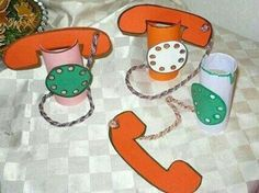 Telephone craft idea for kids Toilet Roll Craft, Toilet Paper Roll Crafts, Paper Crafts, Projects For Kids, Diy For Kids, Crafts For Kids, Diy And Crafts, Arts And Crafts, Art N Craft