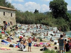 Cascatelle - Saturnia (GR) - Italia http://www.camperotto.com/newsletter/7/newsletter.html