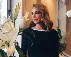 Πώς η Τατιάνα Στεφανίδου έχασε 4 κιλά σε 1 μήνα - www.olivemagazine.gr Fat Burning, Beauty Hacks, Beauty Tips, Leather Skirt, Health Fitness, High Neck Dress, Diet, Lifestyle, Food