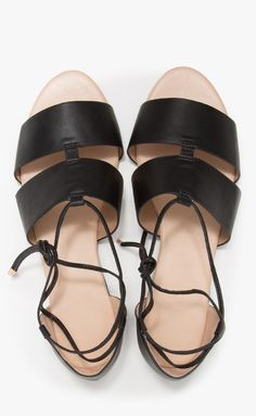 Maude Leather Flats by darla Shoe Boots, Shoes Heels, Shoe Bag, Cute Shoes, Me Too Shoes, Strappy Sandals, Flat Sandals, Only Shoes, Leather Flats