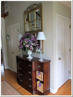 Foyer Design Ideas | Small Foyer Decorating Ideas http://inmyownstyle.com/2011/09/a-quickie ...