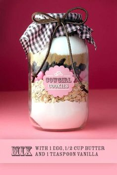 DIY Cookie Recipe Jars - The Bakerella 'Cowgirl' Project is Great for Gift-Giving (GALLERY)