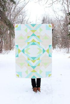Geometrische Baby Boy Quilt / Kleinkind Quilt  von MelissaHevey