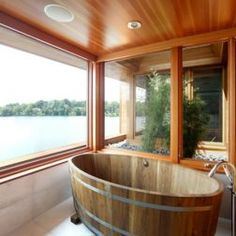 Want to sit in my tub and have this view!!!