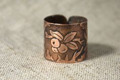 Blackthorn ring - Botanic rustic ring - Berries copper ring - Leaves ring - Etched ring - Talisman ring -  Forest Elven Ring