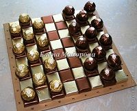Unique DIY gift for dad - Chocolate checkers