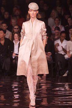 Stella McCartney Spring 2002 Ready-to-Wear Fashion Show - Audrey Marnay, Stella McCartney