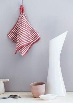 1609 Grytekluter. Gryteklut i rillestrikk Dish Towels, Kitchen And Bath, Creative, Home Decor, Crochet, Trapper Keeper, Crochet Hot Pads, Decoration Home, Room Decor