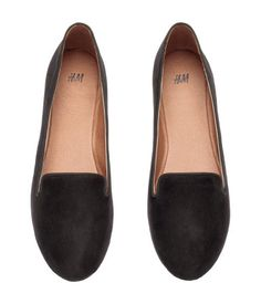 Loafers with rubber soles.