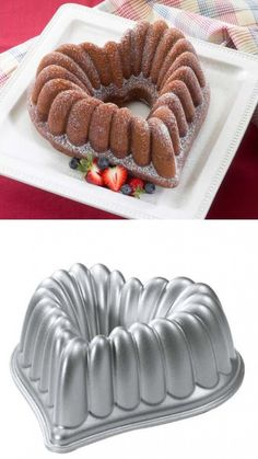 Nordic Ware Cast-Aluminum Elegant Heart Bundt Pan