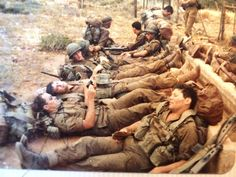 Infantry school Vasbyt 80 Military Photos, Military Art, Brothers In Arms, Defence Force, My Land, African History, War Machine, Vietnam War, Armed Forces
