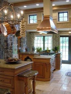 Kitchen decor, Kitchen designs, Kitchen decorating ideas - Love the stone. Note the pull out table.