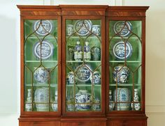 The Pink Pagoda One Room Challenge - beautiful china cabinet with blue and white chinoiserie porcelain Dark Green Living Room, Green Dining Room, Dining Room Design, Brown Furniture, Dining Room Furniture, Rustic Furniture, Dining Rooms, Furniture Ideas, Modern Furniture