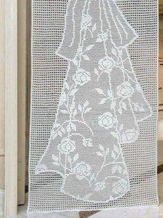 Bohemian Curtains Crochet Curtains With All My Heart Love Crochet Handicraft Patterns Curtains Windows Living Room Filet Crochet, Farm Crafts, Diy And Crafts, Love Crochet, Crochet Flowers, Interweave Crochet, Bohemian Curtains, Crochet Curtains, Wedding Images