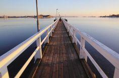 Sail away! . . . #kaivopuisto #kaivopuistonranta #merisatama #pier #helsinki #visitfinland #visithelsinki #ig_finland #explorefinland #auringonlasku #sunset #sunsetporn #longexposure #yleluonto #uusiluontokuva #ourhelsinki #ourfinland #ig_helsinki #helsinkiofficial #finland_photolovers #igscandinavia #nordicphotos #balticsea #ig_naturepics