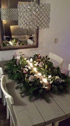 diy, tutorial, how to, instructions. Christmas Candles, Christmas Crafts, Christmas Decorations, Xmas, Christmas Tree, Holiday Decor, Flores Diy, Scandinavian Christmas, Table Settings