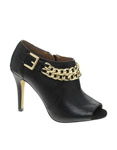 River Island Niggle Chain Shoeboot...I can totally see these with a pair of skinny jeans!