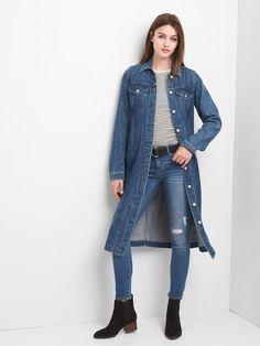 Denim duster jacket from Gap. Details at une femme d'un certain age. Winter Fashion Outfits, Denim Fashion, Women's Fashion, Denim Outfits, Cool Outfits, Denim Shirt Dress, Denim Jeans, Denim Duster, Duster Jacket