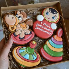 Gingerbread Icing, Honey Cake, Biscuits, Baby Shower, Sugar, Cookies, Desserts, Food, Decorated Cookies