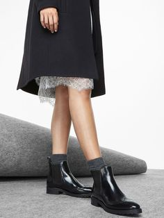 Autumn winter 2016 WOMEN´s CHELSEA ANTIK FINISH ANKLE BOOTS at Massimo Dutti for 180. Effortless elegance!