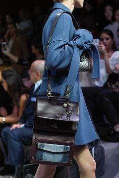 Collezioni Accessori n°84 #Lacoste , No Gender, Focus on, #AW16/17  #fashion #style #mood #glamour #romantic