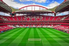 Lisbon is one of the most popular tourist destinations in Europe. Visit Portugal and find out what to see in Lisbon and why people love it! World Cup 2014, Fifa World Cup, Benfica Wallpaper, Portugal Soccer, Soccer Stadium, Visit Portugal, Football Match, European Football, Stadium Of Light